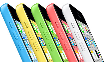 "Apple iPhone 5c reklama ""Plastic Perfected"""