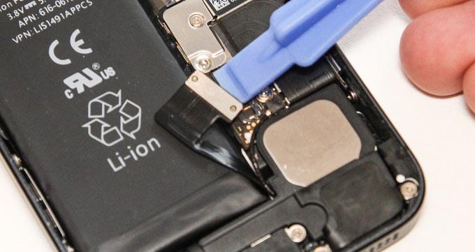 iPhone 6 baterijos keitimas